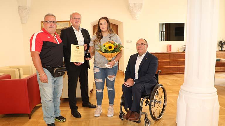 Goldene Ehrennadel von Krems